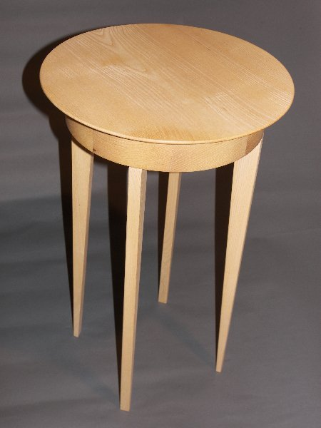 Ash Round Table